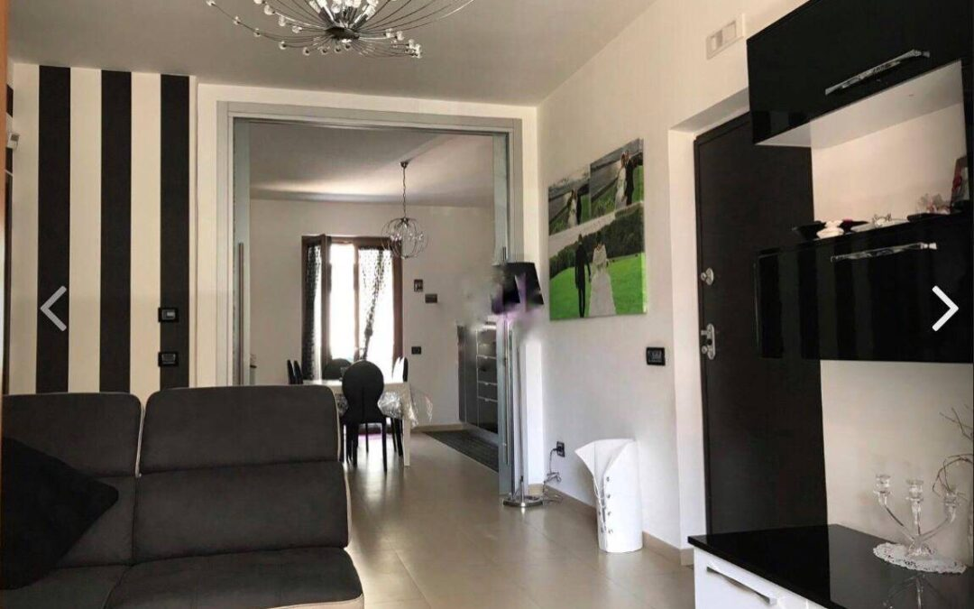 Appartamento ristrutturato Via Campanile, Giugliano