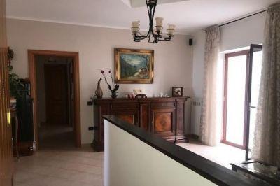 Appartamento ristrutturato Via Rocchetti, Marano Pianura