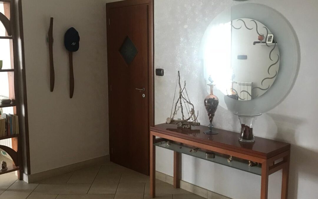 Appartamento ampia metratura ad.Piazza Santa Croce