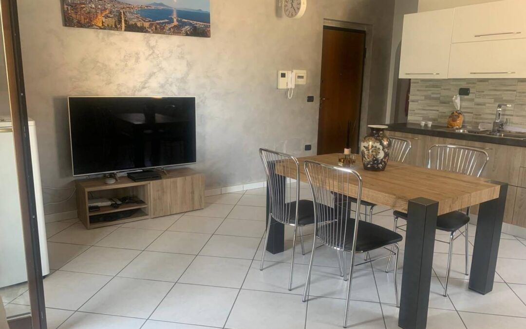 Appartamento ristrutturato in parco Via Marano Pianura