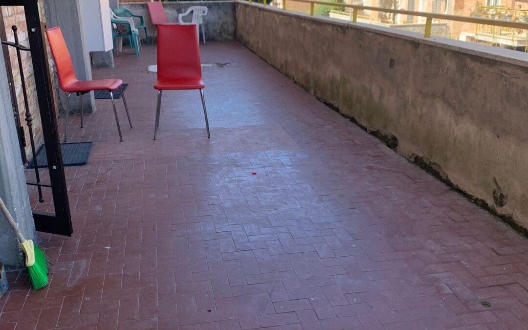 Appartamento con terrazzo, Pozzuoli
