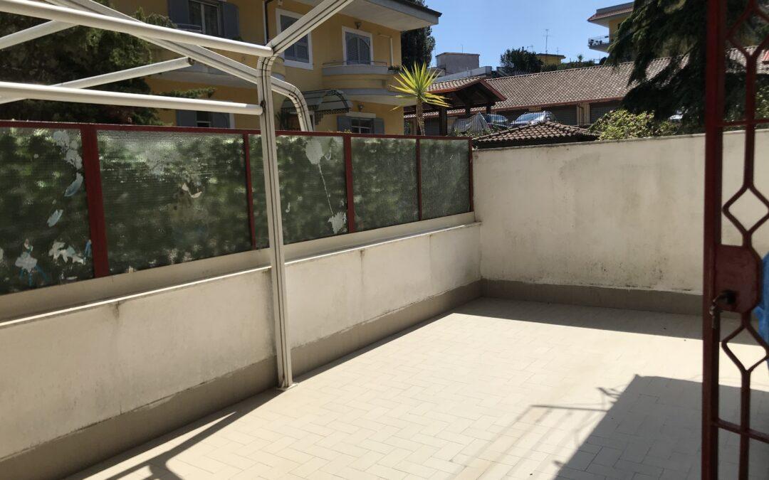 Appartamento con terrazzo Marano Pianura (Zona Camaldoli)