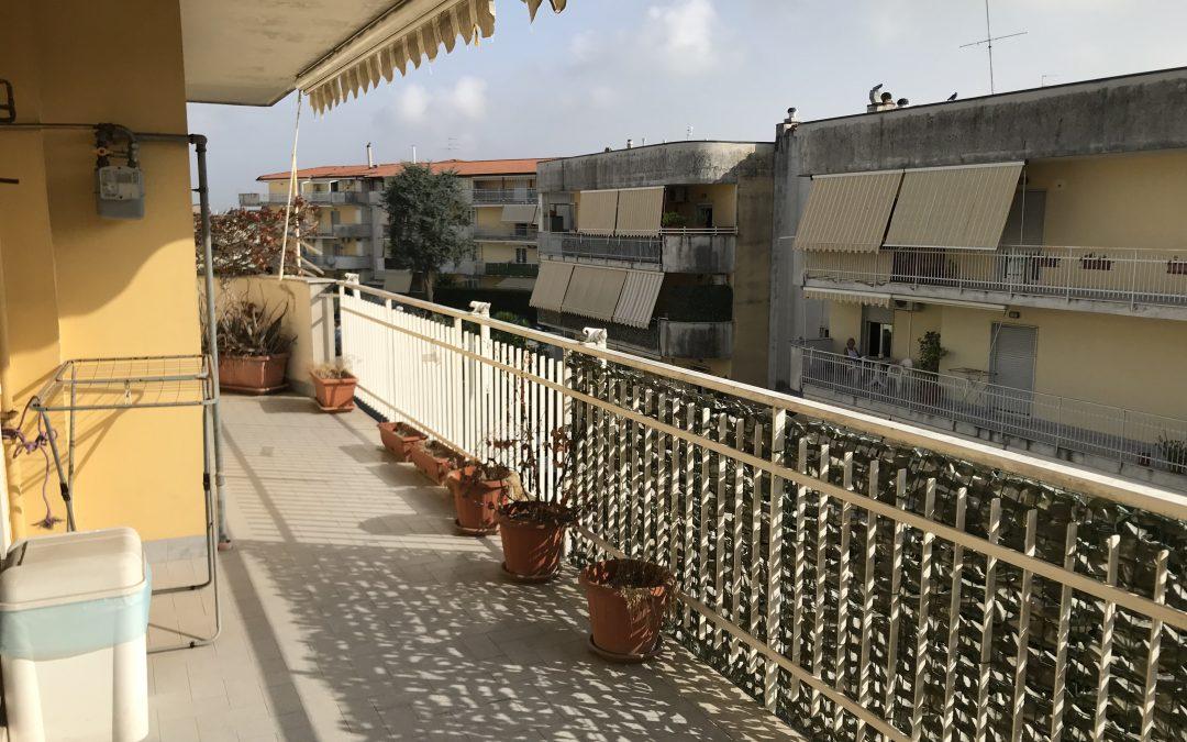 Appartamento in parco via S.Maria A Cubito Qualiano
